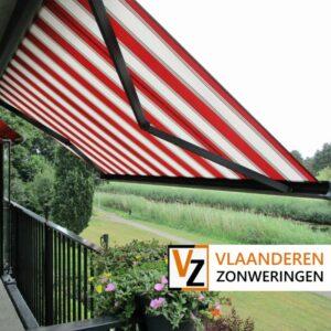 Afbeelding: Knikarmscherm voor een balkon op maat